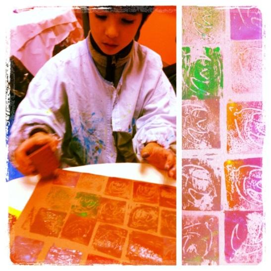 Fabrication de tampons (motifs inspires de l'artiste japonais KESAI) + impression textile.