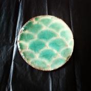 Broche Seiga-ha par Zas Deco. Ceramique (gres rouge et email turquoise).